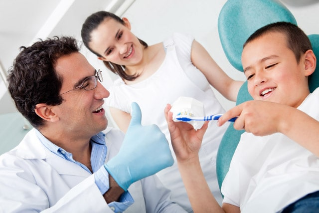 Cura dei denti per pazienti autistici